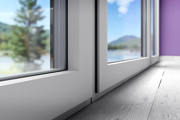 Détail de la fenêtre Alumina Alliénor