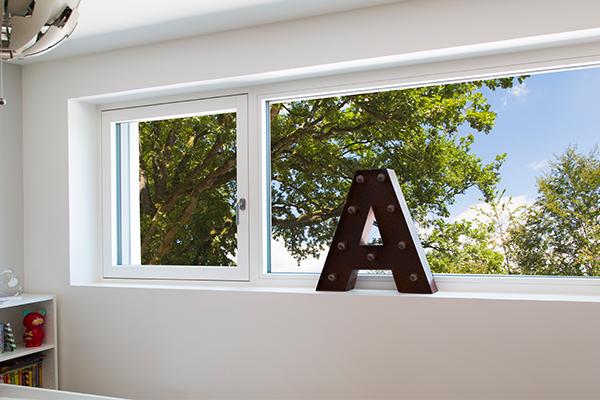 Fenêtre Duoba avec châssis fixe vue intérieure.